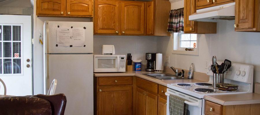 Cabin 7 Kitchen at Trails End Fishing Resort