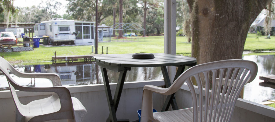 Cabin 7 Screened Porch at Trails End Fishing Resort